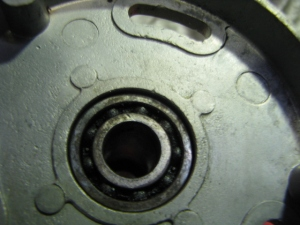 Worn bearing in cleaned housing