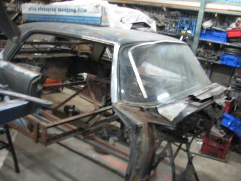 220SE rust repair 010