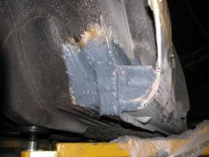 220SE rust repair 026